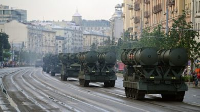 "Photo of روسيا تنشر صواريخ ""إس-300"" المحدثة في جزر متنازع عليها مع اليابان"