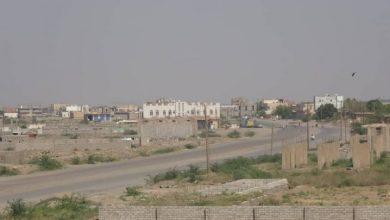Photo of تزامنا مع إطلاق طائرات إستطلاع.. مليشيات الحوثي تفتح نيران أسلحتها على حيس وتثير رعب المدنيين
