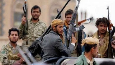 Photo of صنعاء..حملة اعتقالات حوثية تستهدف أطباء  رفضوا توجيهات بالنزول للجبهات