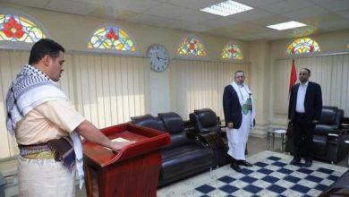 Photo of انشقاق الذراع الأيمن لوزير خارجية المليشيا ووصوله إلى مأرب