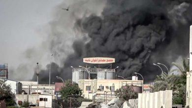 Photo of الحوثيون يستهدفون  مجمع تابع  لإخوان ثابت بالحديدة