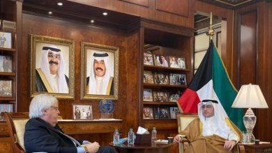Photo of غريفيث يصل الكويت لبحث جهود حل الأزمة اليمنية