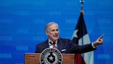 Photo of حاكم ولاية تكساس الأمريكية يأمر الحرس الوطني باعتقال المهاجرين